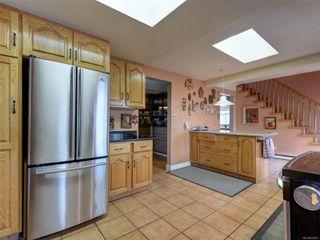 Photo 11: 341 Linden Ave in : Vi Fairfield West Half Duplex for sale (Victoria)  : MLS®# 855827
