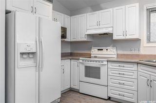 Photo 3: 622 Guenter Crescent in Saskatoon: Arbor Creek Residential for sale : MLS®# SK831989