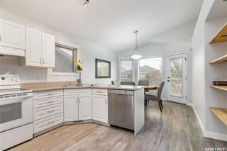 Photo 2: 622 Guenter Crescent in Saskatoon: Arbor Creek Residential for sale : MLS®# SK831989