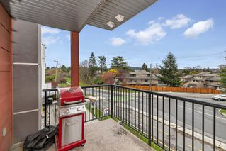 Photo 7: 301 4030 Borden St in : SE Lake Hill Condo for sale (Saanich East)  : MLS®# 860467