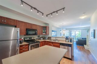 """Photo 19: 20 55 HAWTHORN Drive in Port Moody: Heritage Woods PM Townhouse for sale in """"COBALT SKY"""" : MLS®# R2403254"""