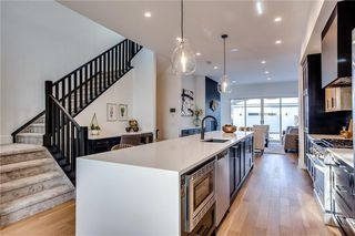 Photo 5: 2030 38 Avenue SW in Calgary: Altadore Semi Detached for sale : MLS®# C4280439