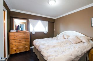 Photo 8: 4751 44B Avenue in Delta: Ladner Elementary House for sale (Ladner)  : MLS®# R2438977