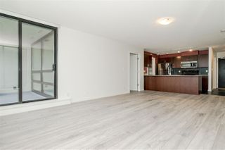Photo 3: 1602 938 SMITHE Street in Vancouver: Downtown VW Condo for sale (Vancouver West)  : MLS®# R2439605