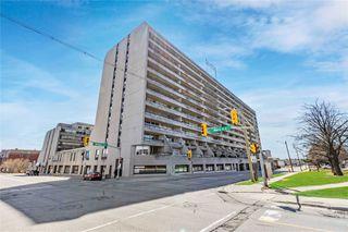 Photo 1: 305 55 E William Street in Oshawa: O'Neill Condo for sale : MLS®# E4747876