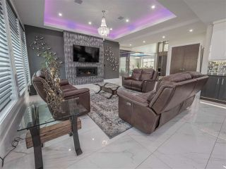 Photo 9: 84 WINDERMERE Drive in Edmonton: Zone 56 House for sale : MLS®# E4195460