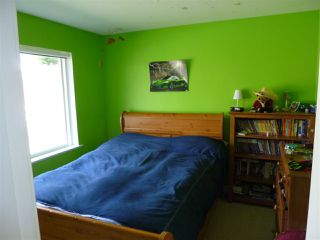 """Photo 10: 5744 EMILY Way in Sechelt: Sechelt District House for sale in """"CASCADE HEIGHTS"""" (Sunshine Coast)  : MLS®# R2400913"""