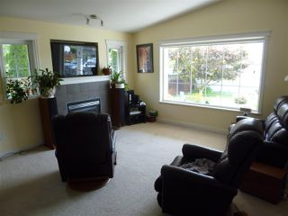 "Photo 5: 5744 EMILY Way in Sechelt: Sechelt District House for sale in ""CASCADE HEIGHTS"" (Sunshine Coast)  : MLS®# R2400913"