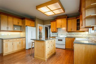 Photo 2: 35623 TERRAVISTA Place in Abbotsford: Abbotsford East House for sale : MLS®# R2405135
