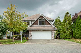 Photo 1: 35623 TERRAVISTA Place in Abbotsford: Abbotsford East House for sale : MLS®# R2405135
