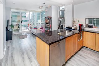 Photo 5: 908 821 CAMBIE Street in Vancouver: Downtown VW Condo for sale (Vancouver West)  : MLS®# R2412819