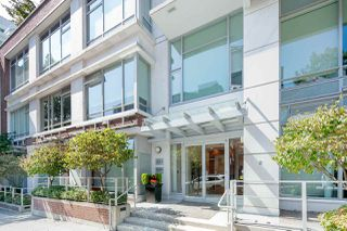 Photo 2: 908 821 CAMBIE Street in Vancouver: Downtown VW Condo for sale (Vancouver West)  : MLS®# R2412819