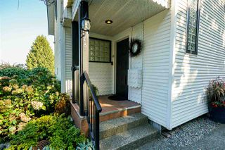 Photo 2: 118B MINER Street in New Westminster: Sapperton House 1/2 Duplex for sale : MLS®# R2421101
