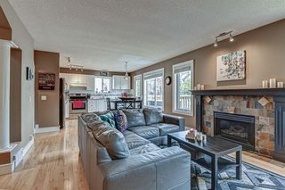 Photo 3: 431 DOUGLAS GLEN Boulevard SE in Calgary: Douglasdale/Glen Detached for sale : MLS®# A1031219