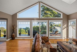 Photo 4: 5006 Hilarie Pl in : SE Cordova Bay House for sale (Saanich East)  : MLS®# 857728