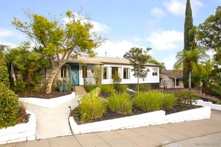 Photo 3: SAN DIEGO House for sale : 4 bedrooms : 4431 Aragon Dr
