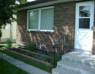 Photo 2:  in CALGARY: Marlborough Residential Detached Single Family for sale (Calgary)  : MLS®# C3214526