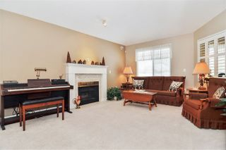 "Photo 2: 15 16888 80 Avenue in Surrey: Fleetwood Tynehead Townhouse for sale in ""Stonecroft"" : MLS®# R2425543"