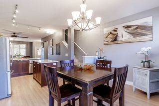 """Photo 10: 15 19478 65 Avenue in Surrey: Clayton Townhouse for sale in """"SUNSET GROVE"""" (Cloverdale)  : MLS®# R2446035"""