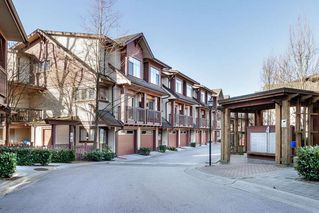 """Photo 2: 15 19478 65 Avenue in Surrey: Clayton Townhouse for sale in """"SUNSET GROVE"""" (Cloverdale)  : MLS®# R2446035"""