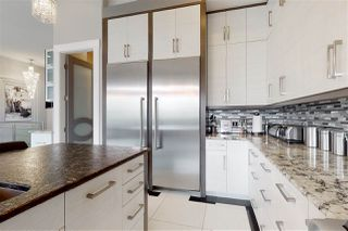 Photo 13: 1074 WANYANDI Way in Edmonton: Zone 22 House for sale : MLS®# E4197556