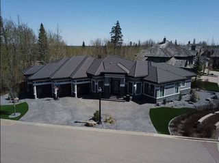 Photo 4: 1074 WANYANDI Way in Edmonton: Zone 22 House for sale : MLS®# E4197556