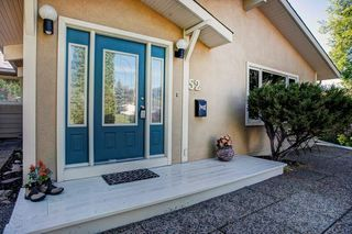 Photo 2: 52 ARMSTRONG Crescent SE in Calgary: Acadia Detached for sale : MLS®# C4305526