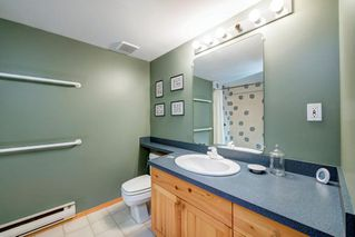 Photo 35: 52 ARMSTRONG Crescent SE in Calgary: Acadia Detached for sale : MLS®# C4305526