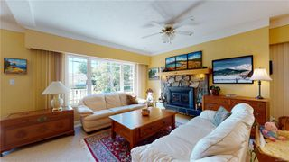Photo 6: 2635 Mt. Stephen Ave in : Vi Oaklands House for sale (Victoria)  : MLS®# 854898