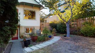 Photo 23: 2635 Mt. Stephen Ave in : Vi Oaklands House for sale (Victoria)  : MLS®# 854898