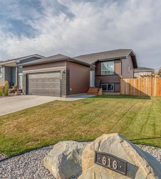 Main Photo: 616 Country Meadows Close: Turner Valley Detached for sale : MLS®# A1039044