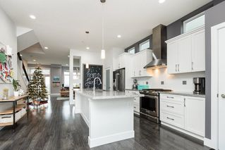 """Photo 3: 10502 JACKSON Road in Maple Ridge: Albion House for sale in """"ROBERTSON HEIGHTS"""" : MLS®# R2524577"""
