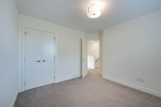 Photo 17: 11543 122 Street in Edmonton: Zone 07 House Half Duplex for sale : MLS®# E4173640