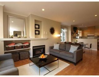 Photo 2: 1 119 6TH Street in North Vancouver: Lower Lonsdale Home for sale ()  : MLS®# V806537