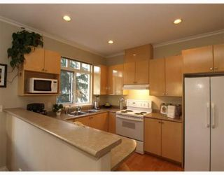 Photo 5: 1 119 6TH Street in North Vancouver: Lower Lonsdale Home for sale ()  : MLS®# V806537
