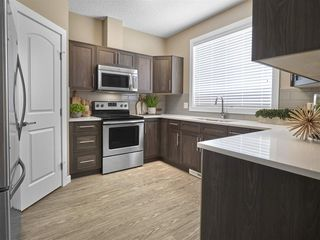Photo 2: 1220 Rosenthal Boulevard NW in Edmonton: Zone 58 Attached Home for sale : MLS®# E4194503