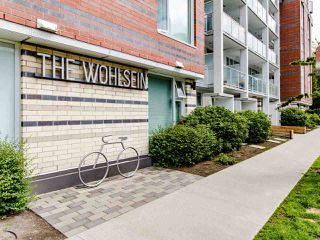 "Photo 1: 519 311 E 6TH Avenue in Vancouver: Mount Pleasant VE Condo for sale in ""Wohlsein"" (Vancouver East)  : MLS®# R2456840"