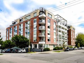 "Photo 2: 519 311 E 6TH Avenue in Vancouver: Mount Pleasant VE Condo for sale in ""Wohlsein"" (Vancouver East)  : MLS®# R2456840"