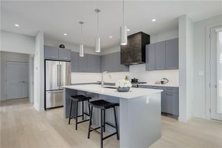 Photo 6: 4636 22 Avenue NW in Calgary: Montgomery Detached for sale : MLS®# C4300441