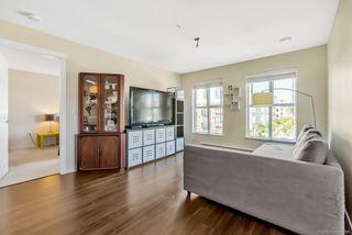 """Photo 6: 319 3323 151 Street in Surrey: Morgan Creek Condo for sale in """"Harvard Gardens - Elgin House"""" (South Surrey White Rock)  : MLS®# R2481310"""