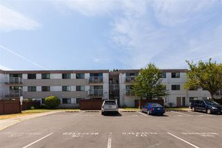 "Main Photo: 106 7240 LINDSAY Road in Richmond: Brighouse Condo for sale in ""SUSSEX SQUARE"" : MLS®# R2484915"