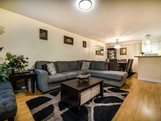 """Photo 8: 102 7038 21ST Avenue in Burnaby: Highgate Townhouse for sale in """"Ashbury"""" (Burnaby South)  : MLS®# R2490267"""