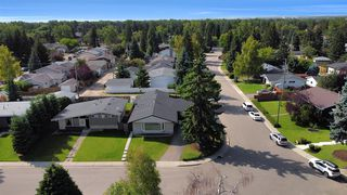 Photo 2: 618 WILLOWBURN Crescent SE in Calgary: Willow Park Detached for sale : MLS®# A1023739