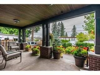 Photo 3: 663 ROBINSON Street in Coquitlam: Coquitlam West House for sale : MLS®# R2499582