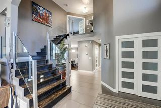 Photo 4: 1396 Shawnee Road SW in Calgary: Shawnee Slopes Detached for sale : MLS®# A1050612