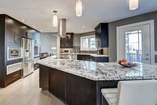 Photo 11: 1396 Shawnee Road SW in Calgary: Shawnee Slopes Detached for sale : MLS®# A1050612