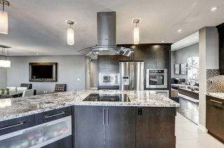 Photo 16: 1396 Shawnee Road SW in Calgary: Shawnee Slopes Detached for sale : MLS®# A1050612