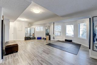 Photo 33: 1396 Shawnee Road SW in Calgary: Shawnee Slopes Detached for sale : MLS®# A1050612