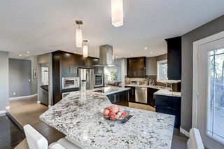 Photo 12: 1396 Shawnee Road SW in Calgary: Shawnee Slopes Detached for sale : MLS®# A1050612