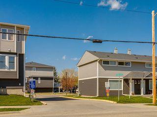 Photo 28: 266 REGAL Park NE in Calgary: Renfrew Row/Townhouse for sale : MLS®# A1059022